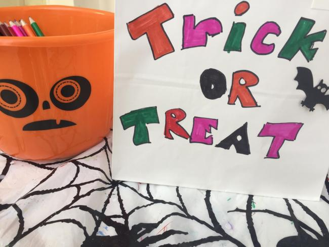 Children can make their own trick or treat bags at Spinning Gate Shopping Centre