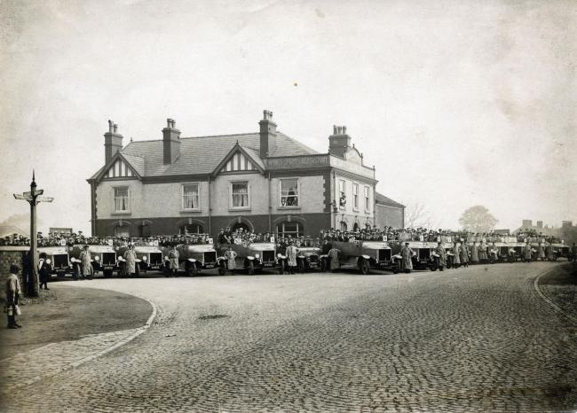 Passengers and drivers at the Kings Arms pub in Lane Head, Lowton in August 1919. Picture: Wigan and Leigh Archives and Local Studies, Wigan Council