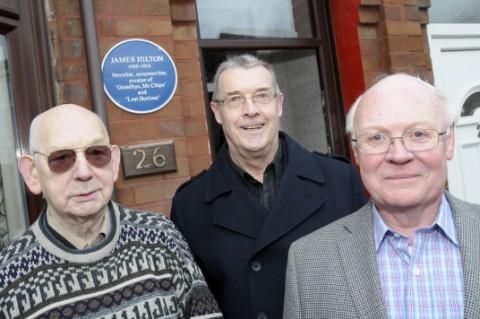 Alfred Hart and his nephews Graham Kelly and Albert Clough with the blue plaque