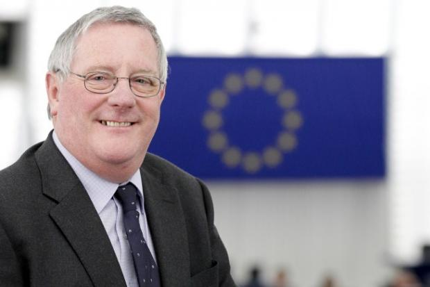 Cosmetics ban welcomed by Euro MP Brian Simpson