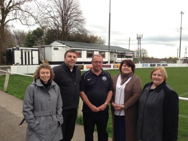 Atherton and Atherleigh Clrs  Karen Aldred, Mark Aldred, Susan Loudon and Pamela Stewart with chairman of Collieries AFC Paul Gregory
