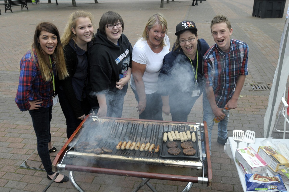 Sausages lure new recruits for Leigh Neighbours