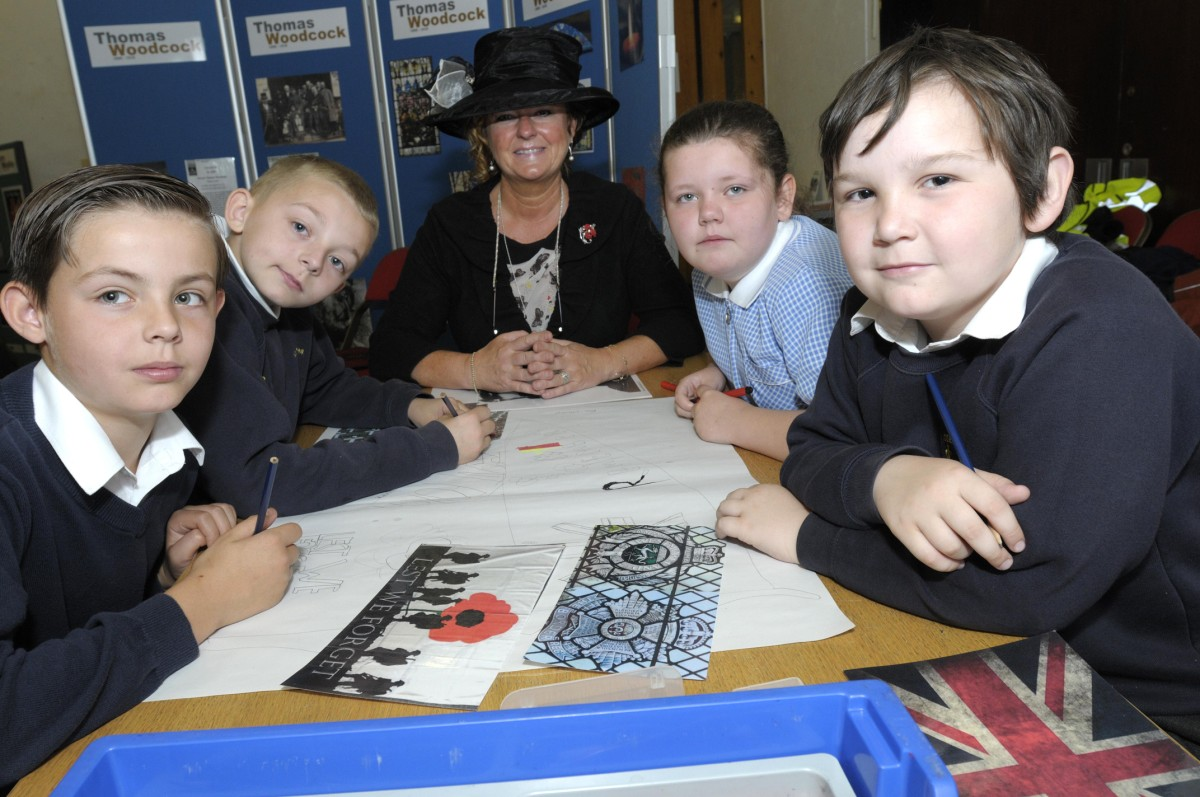 First World War workshops teach Leigh pupils horrors of front line