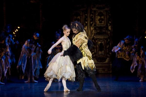 Beauty and the Beast ballet to return to The Lowry
