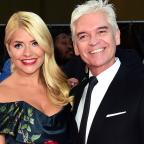 Leigh Journal: Holly Willoughby and Phillip Schofield mock Taylor Swift and Tom Hiddleston in hilarious holiday snaps
