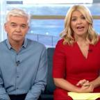 Leigh Journal: Holly Willoughby apologises after Joey Essex swears on This Morning