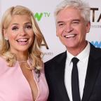 Leigh Journal: Holly Willoughby teases Phillip Schofield over his 'horrible' holiday in Dubai