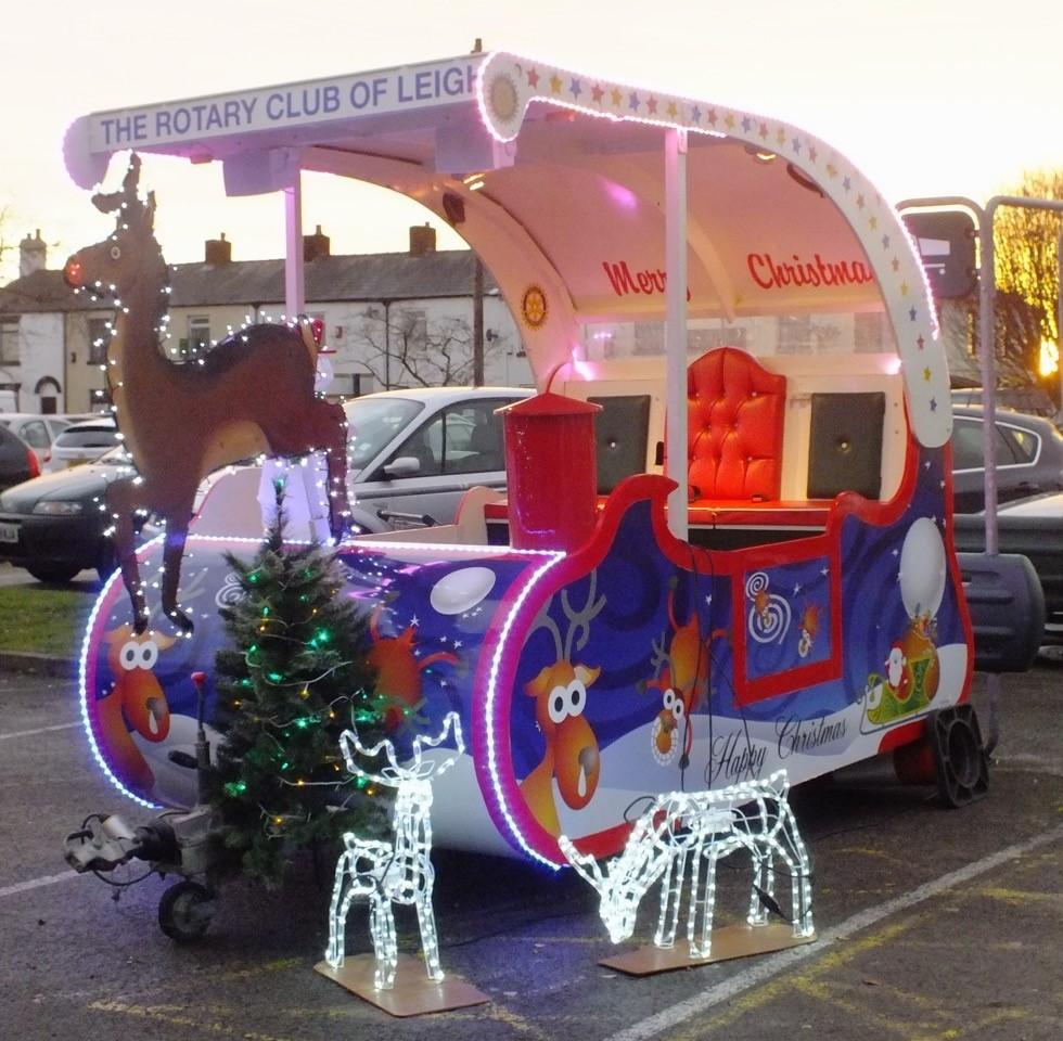 santa u0027s sleigh ready for christmas tour to visit children in leigh