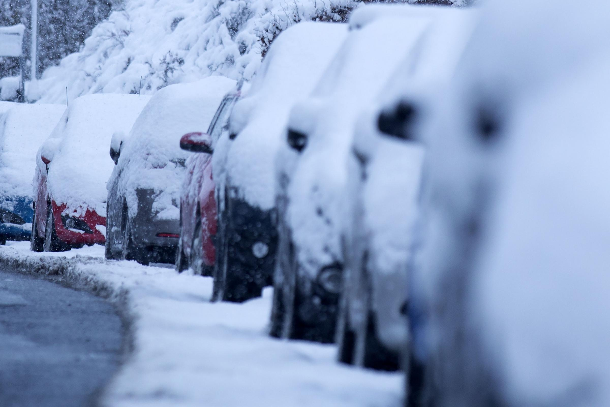 BRRRR: Met Office issues snow and ice warning