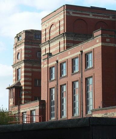 Leigh Spinners Mill was built on Park Lane more than 100 years ago